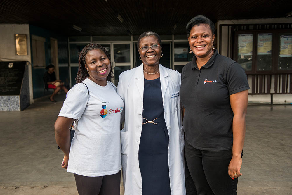 Professor Ogunlewe with Smile Train staff